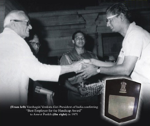 Shri Amrutbhai Parikh receving award from V.V. Giri